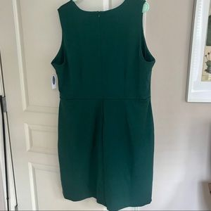 Old Navy Dresses - NWT Old Navy Sleeveless Ponte-Knit Sheath Dress